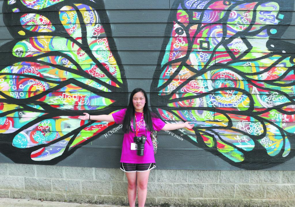 Photo of Anna Bryson / Bowling Green High School. Photo by Camiryn Stepteau / Presentation Academy.